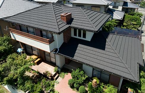 カバー工法「石付き板金屋根材」